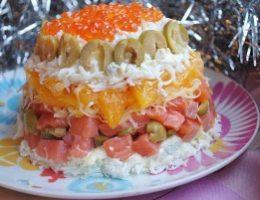 Миниатюра к статье Салат с малосольной форелью и апельсином