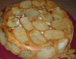 Миниатюра к статье Сытный пирог c картошкой и мясом «Проще простого»