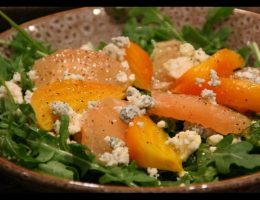 Миниатюра к статье Сырный микс с апельсинами
