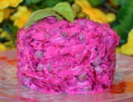 Миниатюра к статье Свекольный салат с сыром и яйцом