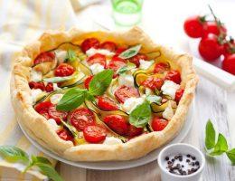 Миниатюра к статье Фокачча с томатами и крымским луком