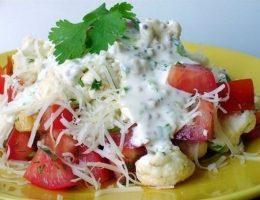 Миниатюра к статье Салат из цветной капусты с помидорами