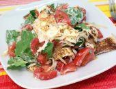 Миниатюра к статье Летний салат с блинчиками